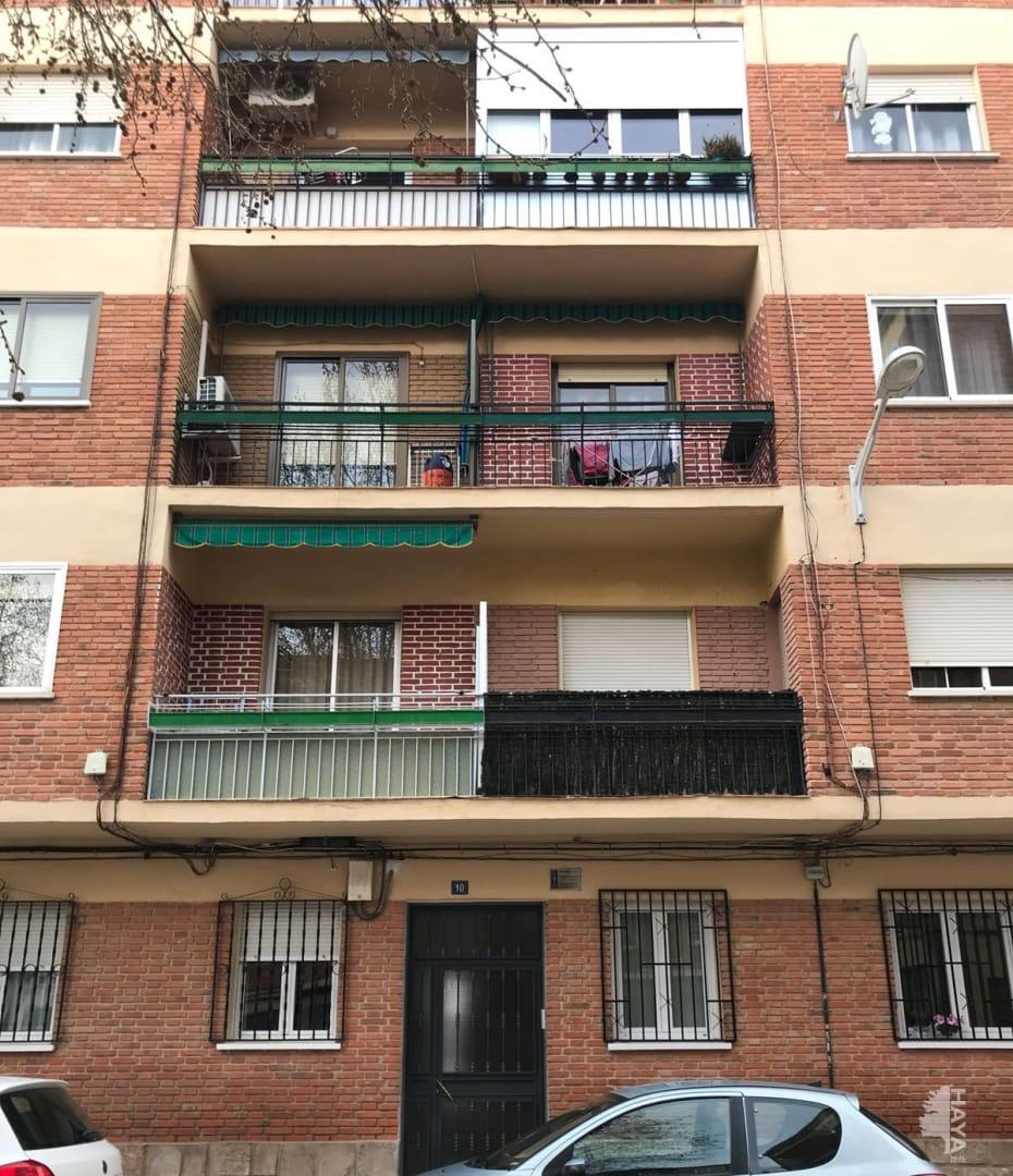 Piso en venta en Albacete, Albacete, Calle Teniente Rueda, 82.001 €, 4 habitaciones, 2 baños, 107 m2