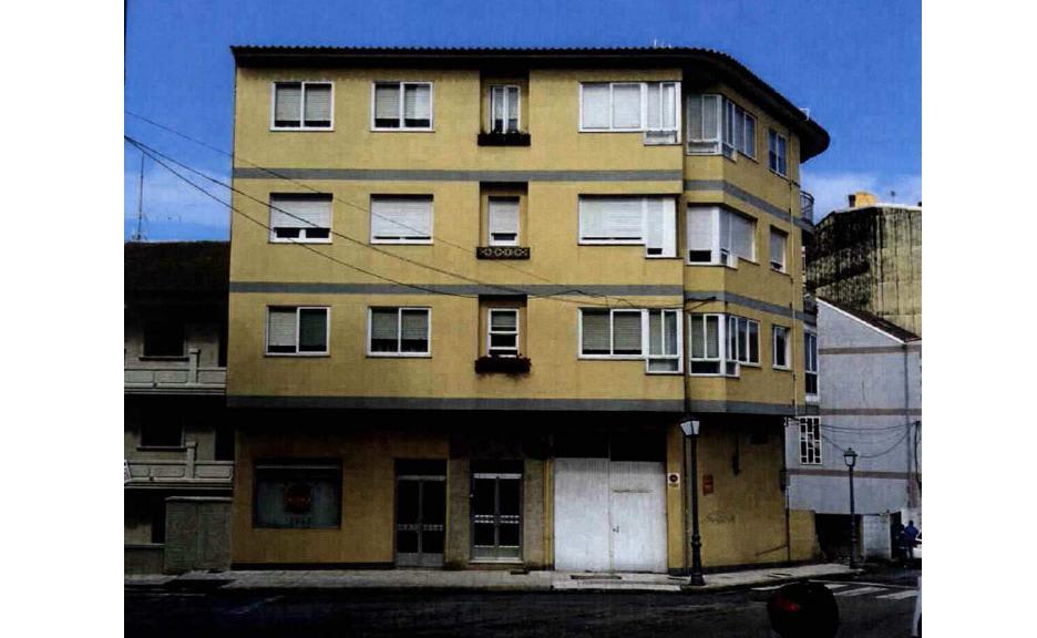 Piso en venta en Bueu, Pontevedra, Calle Castelao, 91.000 €, 3 habitaciones, 1 baño, 89 m2