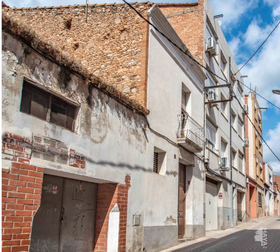 Piso en venta en Can Castells, Esparreguera, Barcelona, Calle Beat Domenec Ca, 83.300 €, 2 habitaciones, 1 baño, 66 m2