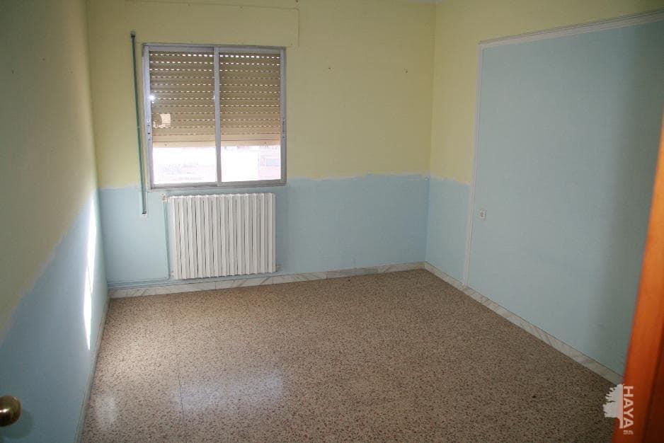 Piso en venta en Piso en Lleida, Lleida, 86.000 €, 3 habitaciones, 1 baño, 90 m2