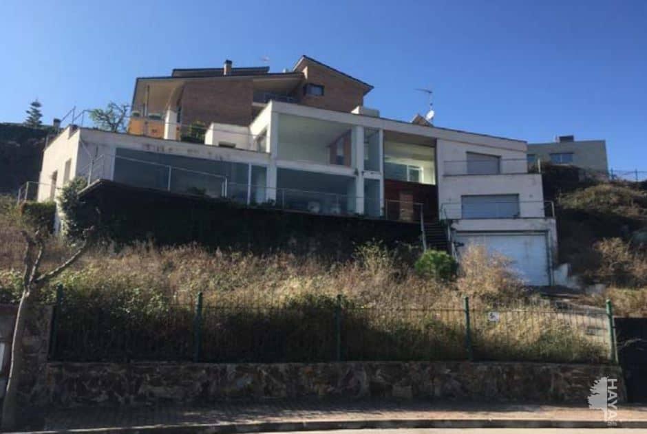 Casa en venta en Sant Esteve Sesrovires, Barcelona, Calle Montseny, 416.000 €, 3 habitaciones, 1 baño, 359 m2