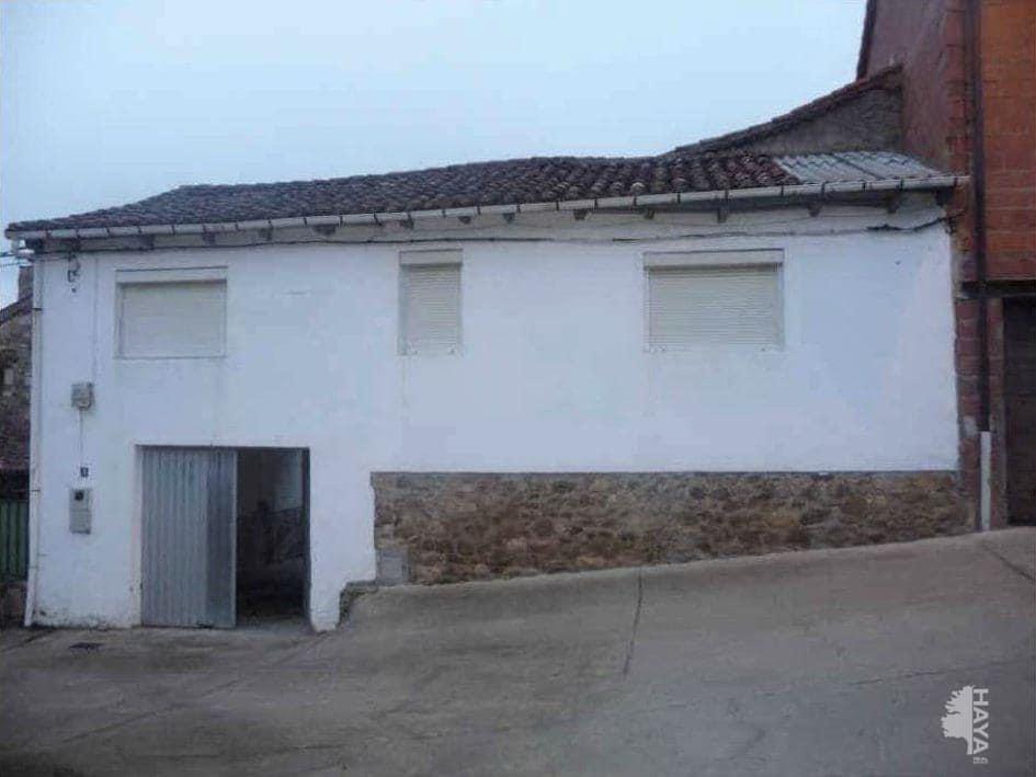 Casa en venta en Garrafe de Torío, Garrafe de Torío, León, Calle Rincon (el), 69.000 €, 5 habitaciones, 1 baño, 165 m2
