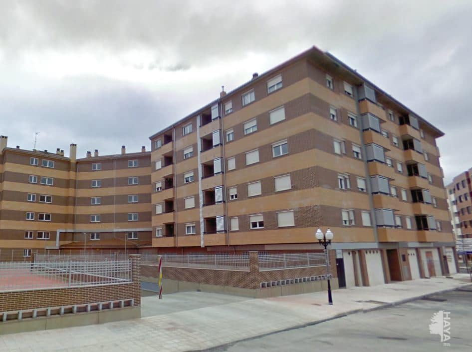Piso en venta en Ávila, Ávila, Calle Joaquin Rodrigo, 102.000 €, 2 habitaciones, 1 baño, 64 m2
