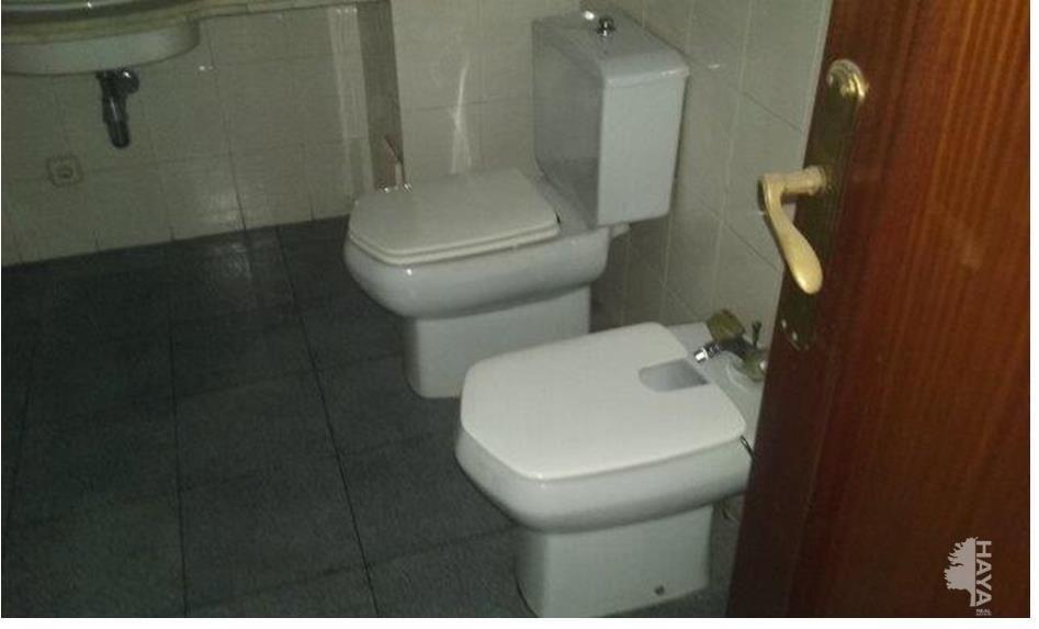 Piso en venta en Lleida, Lleida, Avenida Alcalde Porqueras, 100.000 €, 4 habitaciones, 2 baños, 111 m2