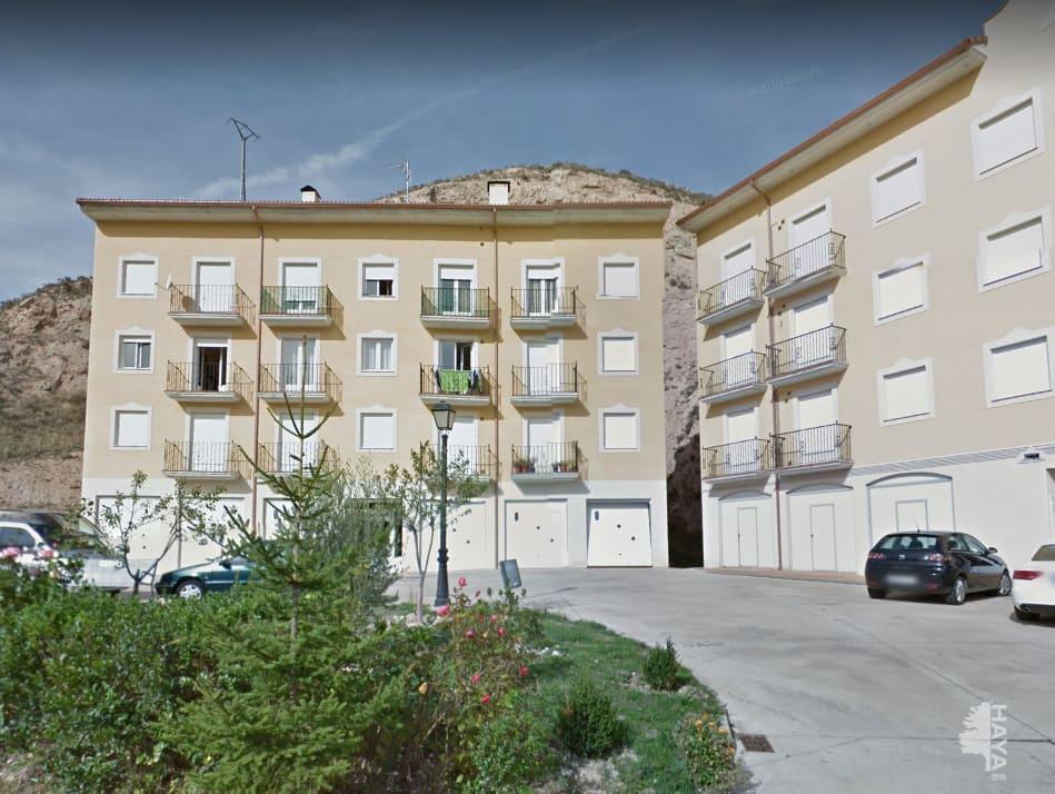 Piso en venta en Pradoluengo, Burgos, Calle Dionisio Roman Zaldo, 66.000 €, 2 habitaciones, 1 baño, 64 m2