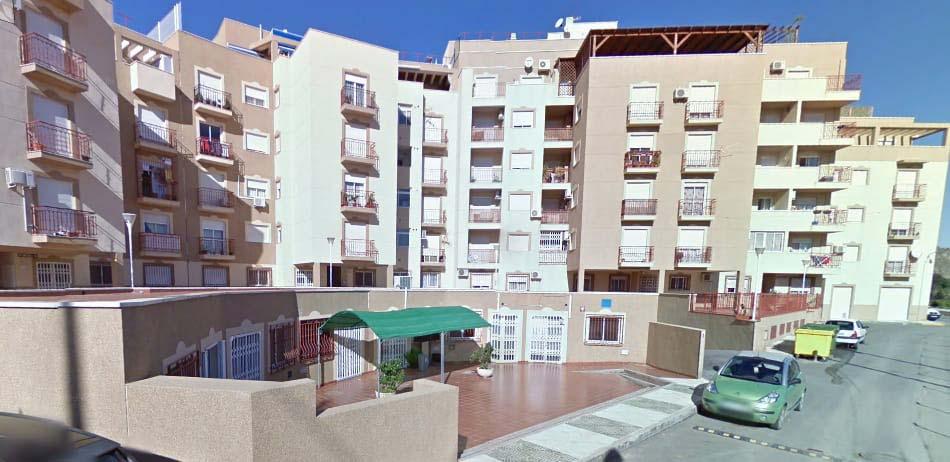 Piso en venta en Piso en Gádor, Almería, 96.900 €, 4 habitaciones, 2 baños, 134 m2