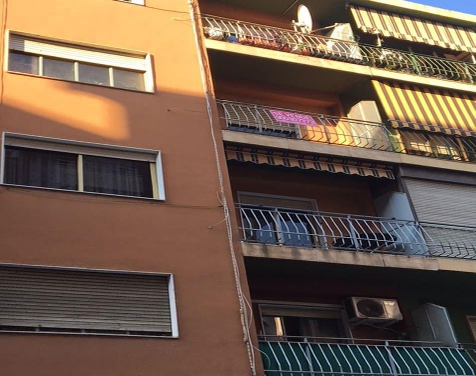 Piso en venta en Gandia, Valencia, Calle Cardenal Cisneros, 46.800 €, 4 habitaciones, 4 baños, 95 m2