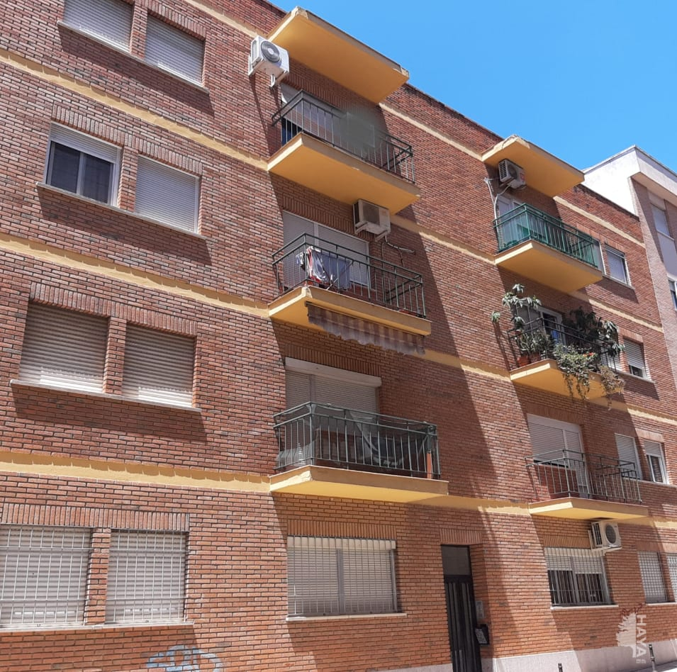 Piso en venta en San Fernando, Badajoz, Badajoz, Calle Somoza Rivera, 63.000 €, 3 habitaciones, 1 baño, 89 m2