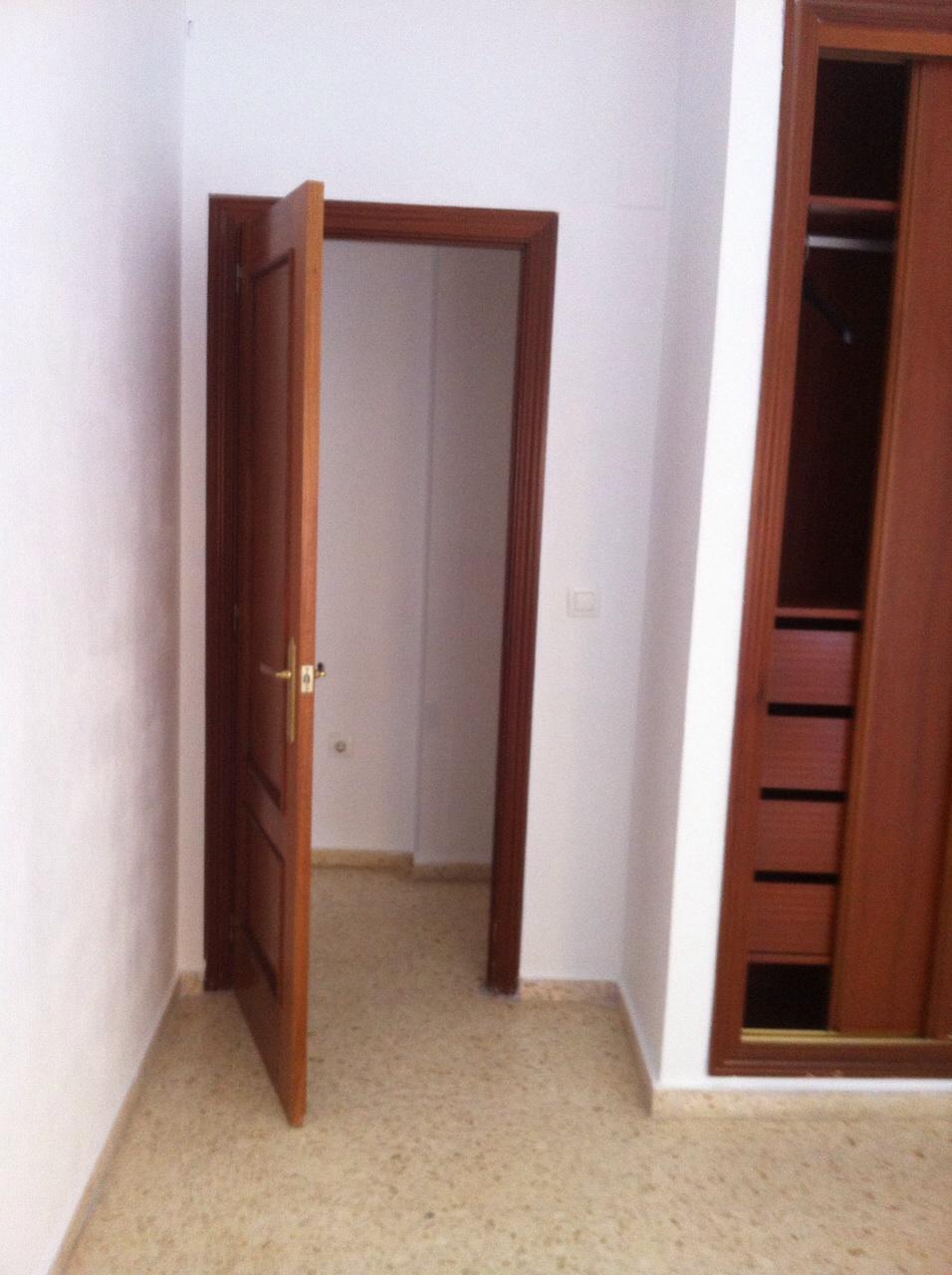 Piso en venta en Badajoz, Badajoz, Calle Gomez de Tordolla, 98.500 €, 2 habitaciones, 1 baño, 69 m2