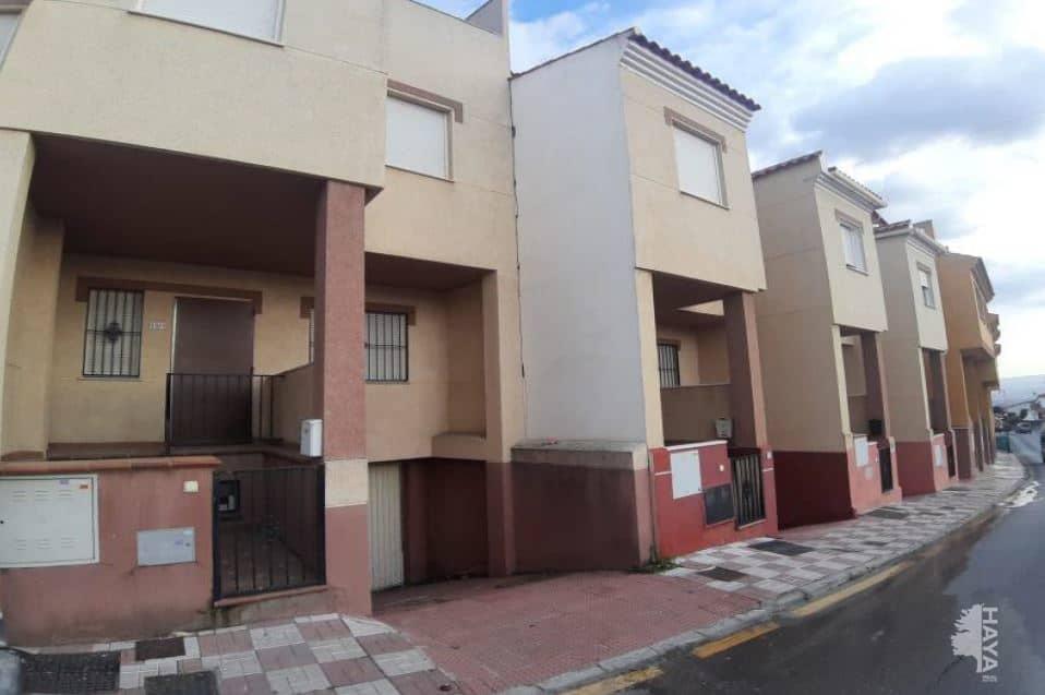 Casa en venta en Güevéjar, Granada, Calle la Torreciilas, 147.700 €, 4 habitaciones, 4 baños, 197 m2