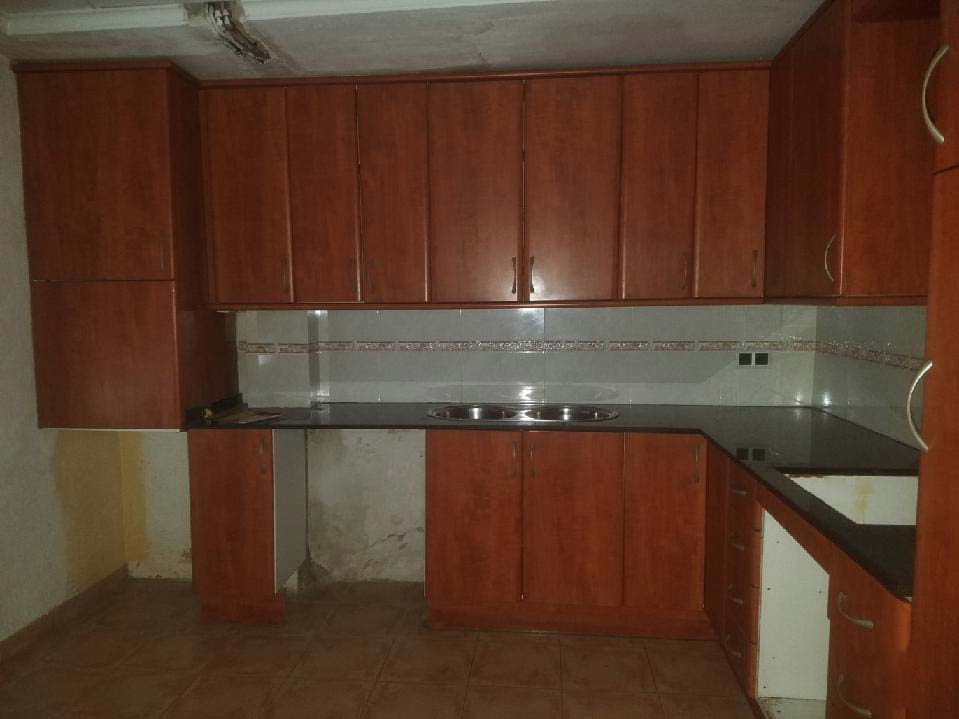 Piso en venta en Piso en Amposta, Tarragona, 27.954 €, 3 habitaciones, 1 baño, 105 m2