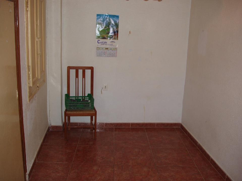 Piso en venta en El Realengo, Crevillent, Alicante, Calle Campo Santo, 26.248 €, 3 habitaciones, 1 baño, 80 m2