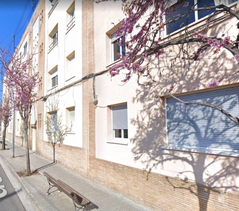 Piso en venta en Can Boada (nucli Antic), Terrassa, Barcelona, Pasaje Vint-i-dos de Juliol, 107.500 €, 3 habitaciones, 1 baño, 64 m2