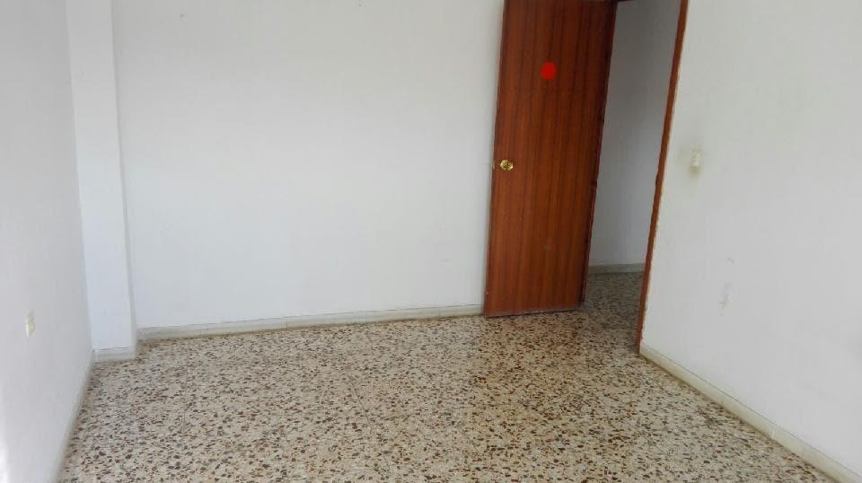 Piso en venta en Piso en Albox, Almería, 33.982 €, 3 habitaciones, 1 baño, 105 m2