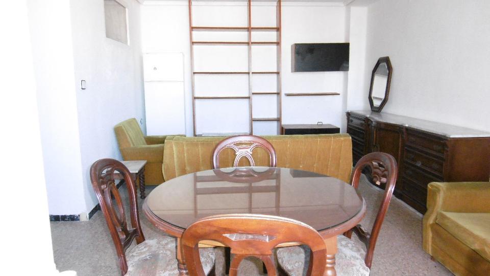 Piso en venta en Piso en Massalfassar, Valencia, 46.125 €, 4 habitaciones, 1 baño, 109 m2