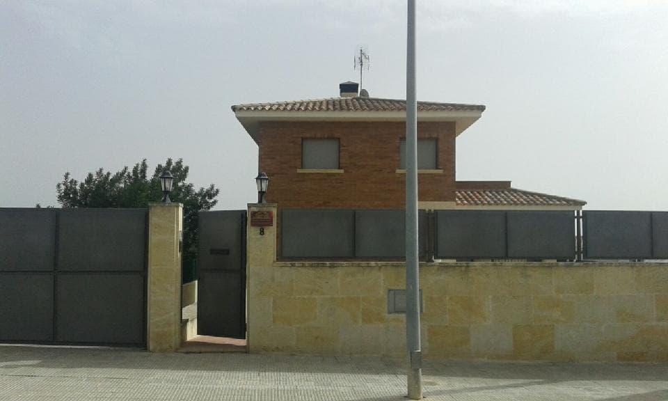 Casa en venta en Ca L´ixart, Altafulla, Tarragona, Calle del Roure, 240.000 €, 4 habitaciones, 3 baños, 233 m2
