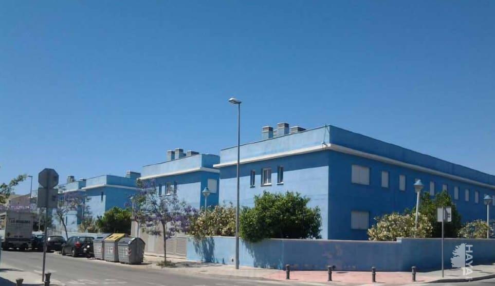 Piso en venta en Urbanización Puerta Verde, San Vicente del Raspeig/sant Vicent del Raspeig, Alicante, Calle El Teular, 11.843 €, 1 habitación, 2 baños, 14 m2