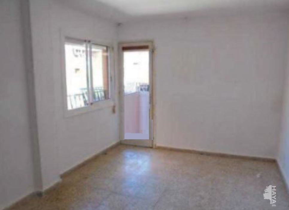 Piso en venta en Piso en Reus, Tarragona, 63.200 €, 4 habitaciones, 2 baños, 110 m2