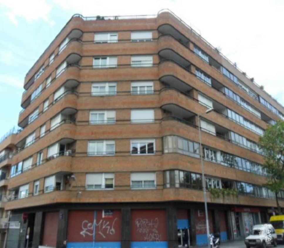 Local en venta en Terrassa, Barcelona, Calle Emili Badiella, 92.400 €, 104 m2