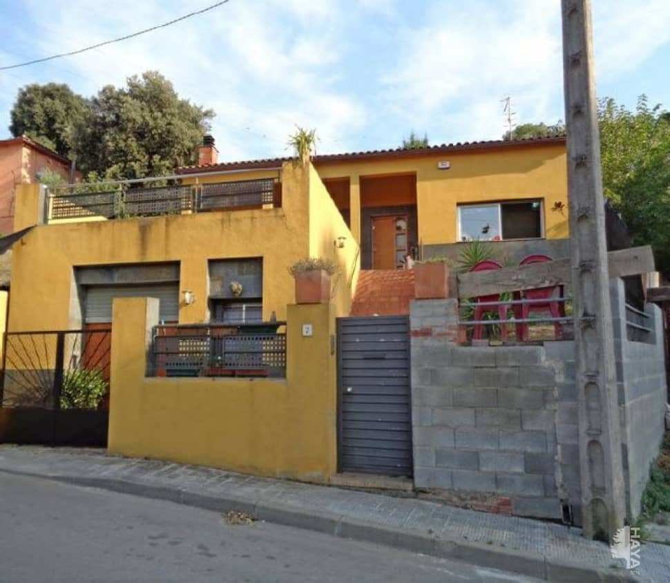 Casa en venta en Can Bosch, Santa Maria de Palautordera, Barcelona, Calle Garrotxa, 197.600 €, 3 habitaciones, 2 baños, 134 m2