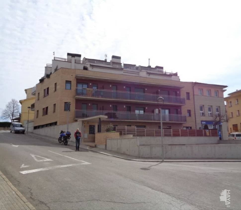 Piso en venta en Santa Eugènia de Berga, Barcelona, Plaza Àngel Guimerà, 99.200 €, 2 habitaciones, 1 baño, 80 m2