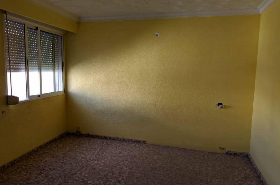 Piso en venta en Caudete, Caudete, Albacete, Calle Antonio Conejero Ruiz, 17.500 €, 4 habitaciones, 2 baños, 127 m2