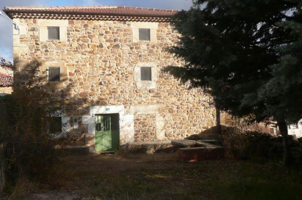 Casa en venta en Arroyo de Salas, Burgos, Calle San Julián, 40.000 €, 208 m2