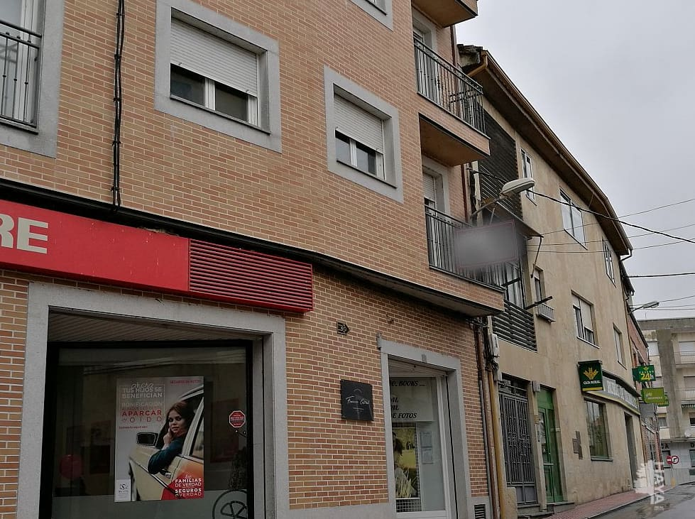 Piso en venta en Urbanización la Casina del Duque, Alba de Tormes, Salamanca, Calle Aire, 96.000 €, 3 habitaciones, 1 baño, 121 m2