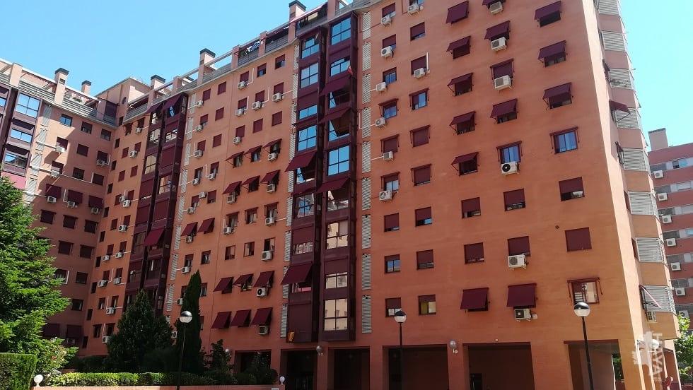 Piso en venta en Madrid, Madrid, Avenida de los Poblados, 150.000 €, 2 habitaciones, 2 baños, 78 m2