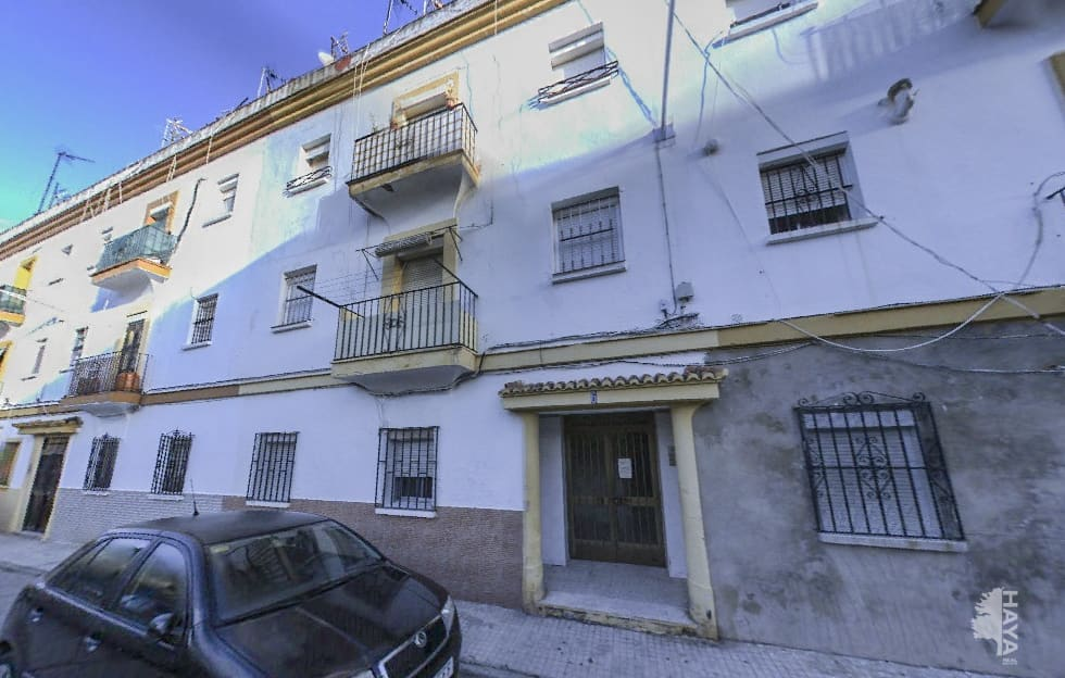 Piso en venta en Piso en Algeciras, Cádiz, 22.000 €, 69 m2