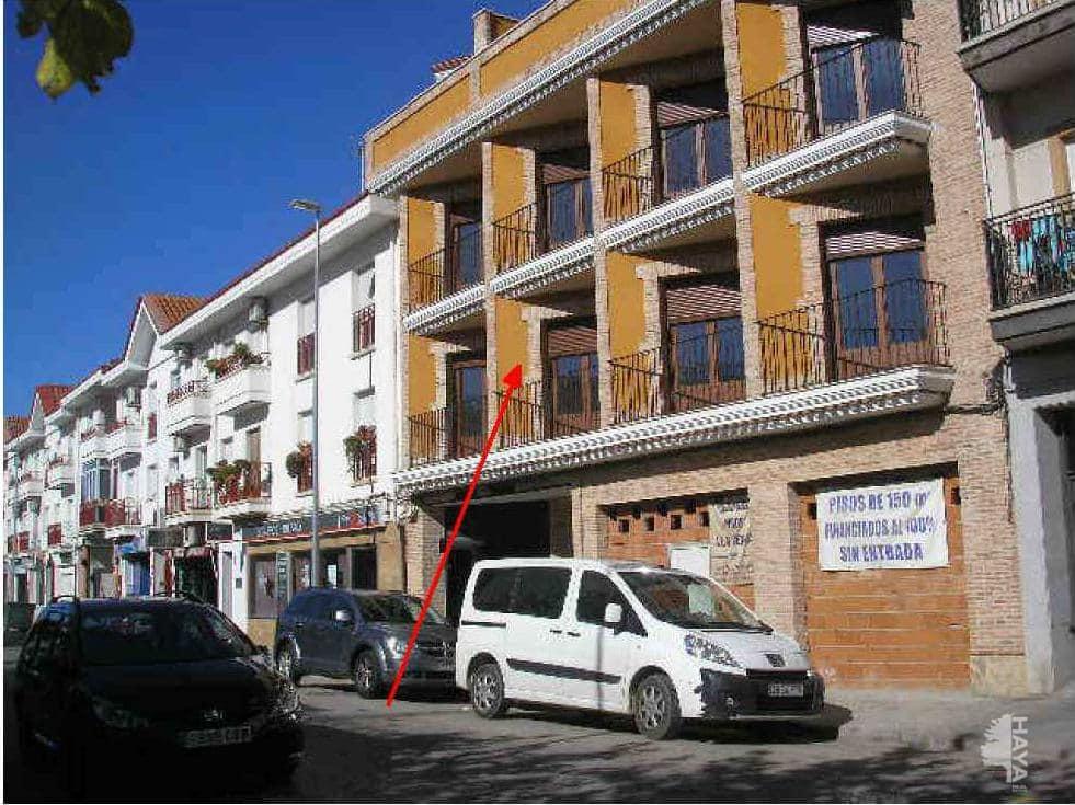 Piso en venta en Tomelloso, Ciudad Real, Calle Oriente, 88.500 €, 3 habitaciones, 2 baños, 136 m2