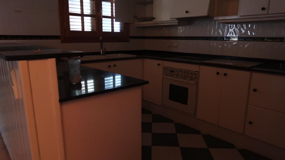 Piso en venta en Amposta, Tarragona, Calle Saragossa, 68.000 €, 3 habitaciones, 1 baño, 126 m2