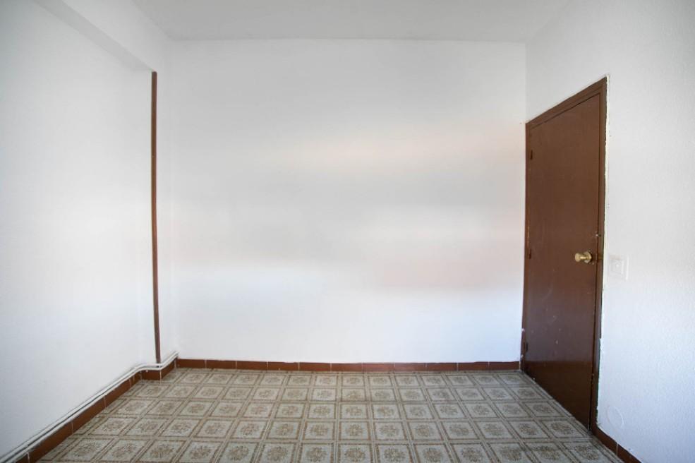 Piso en venta en Piso en El Casar, Guadalajara, 82.500 €, 3 habitaciones, 1 baño, 85 m2