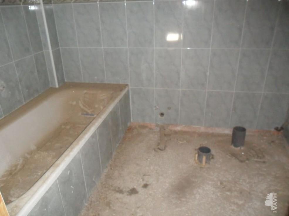 Piso en venta en Piso en Chinchilla de Monte-aragón, Albacete, 31.300 €, 3 habitaciones, 2 baños, 74 m2