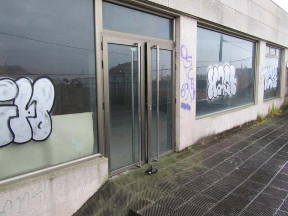 Local en venta en Local en Vigo, Pontevedra, 37.532 €, 100 m2