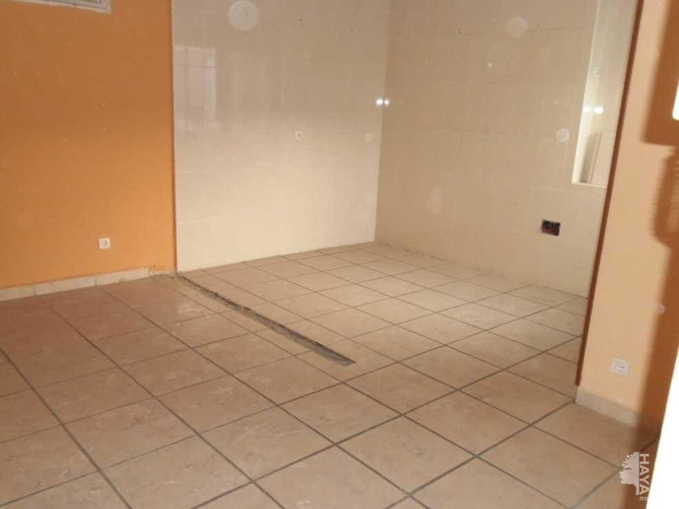 Piso en venta en Piso en León, León, 33.000 €, 2 habitaciones, 1 baño, 86 m2