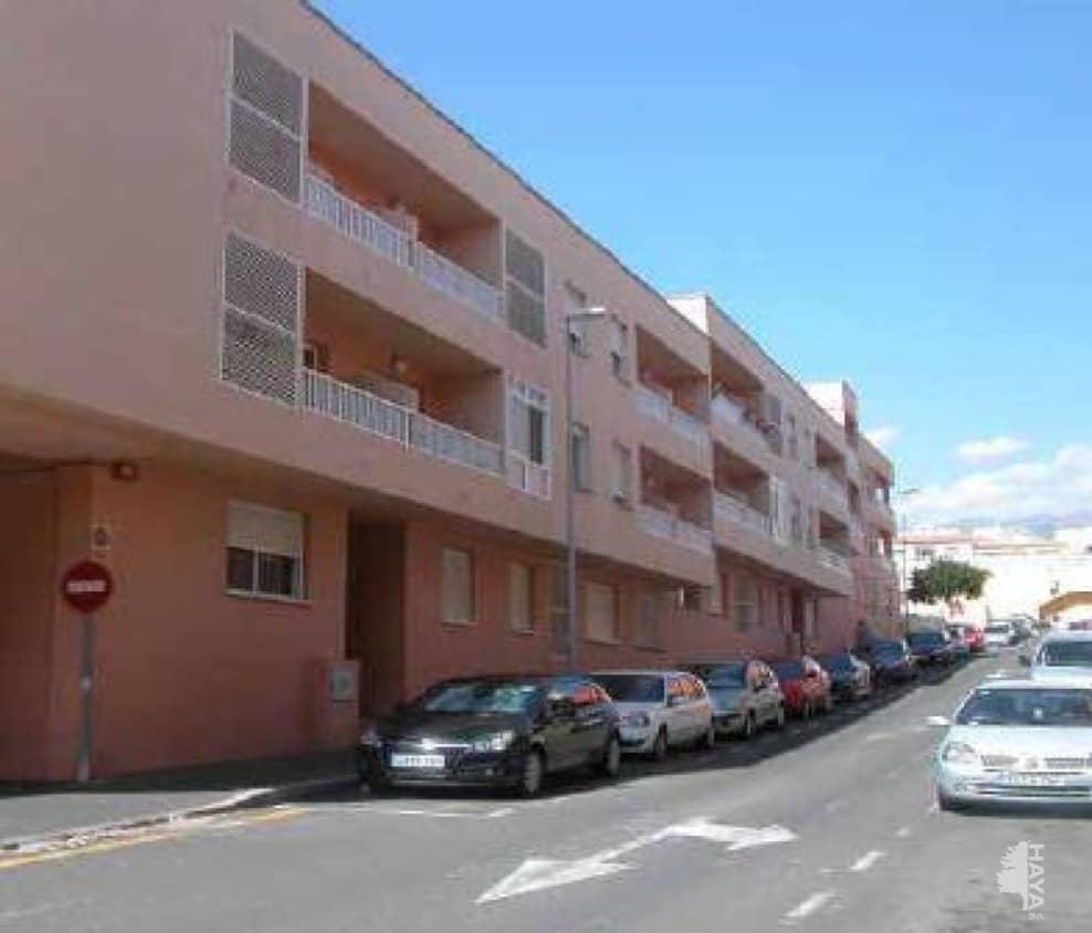 Piso en venta en Granadilla de Abona, Santa Cruz de Tenerife, Calle Gonzalez (los), 75.800 €, 3 habitaciones, 1 baño, 109 m2