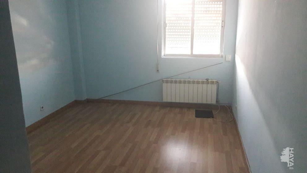 Piso en venta en Villa de Vallecas, Madrid, Madrid, Calle Sierra Gorda, 111.510 €, 2 habitaciones, 1 baño, 68 m2