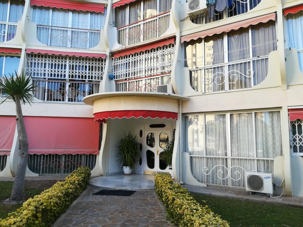 Piso en venta en Benidorm, Alicante, Avenida Montecarlo, 77.000 €, 1 habitación, 1 baño, 50 m2