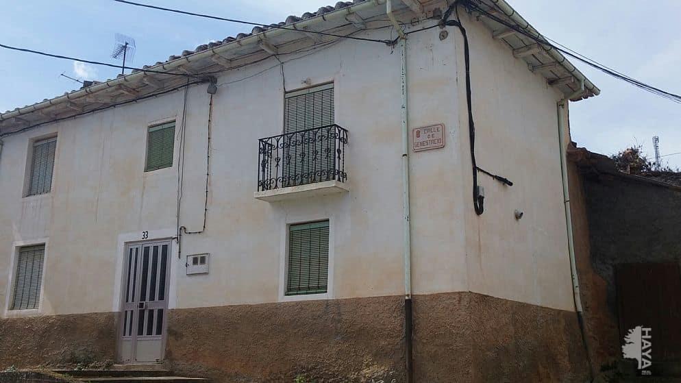 Piso en venta en Alija del Infantado, Alija del Infantado, León, Calle Soledad, 24.719 €, 3 habitaciones, 2 baños, 278 m2