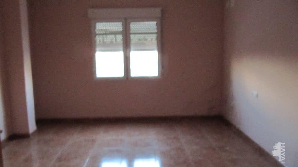 Piso en venta en Piso en Villarrobledo, Albacete, 29.710 €, 3 habitaciones, 1 baño, 107 m2