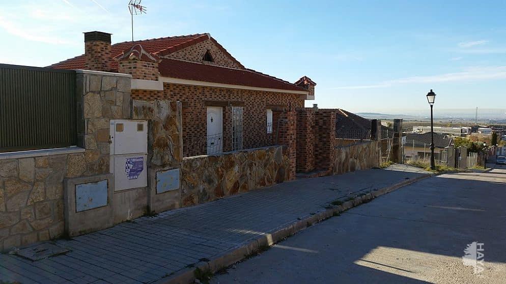 Piso en venta en El Casar, Guadalajara, Calle Isla de Tenerife, 130.000 €, 3 habitaciones, 2 baños, 121 m2