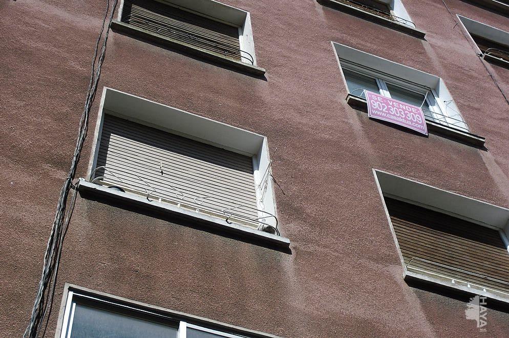 Piso en venta en Barbastro, Barbastro, Huesca, Calle Caballeros, 25.000 €, 2 habitaciones, 1 baño, 67 m2