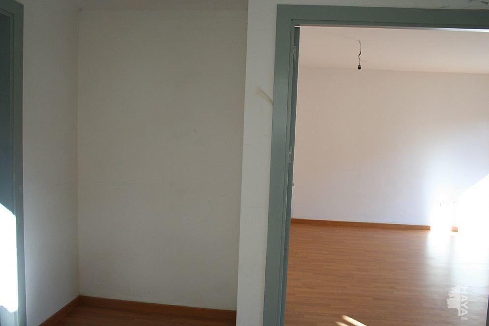 Piso en venta en Tremp, Lleida, Calle Sant Jordi, 69.300 €, 2 habitaciones, 1 baño, 76 m2