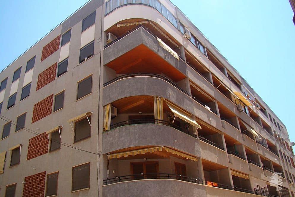Piso en venta en Torrevieja, Alicante, Travesía San Miguel de Salinas, 79.336 €, 2 habitaciones, 4 baños, 85 m2