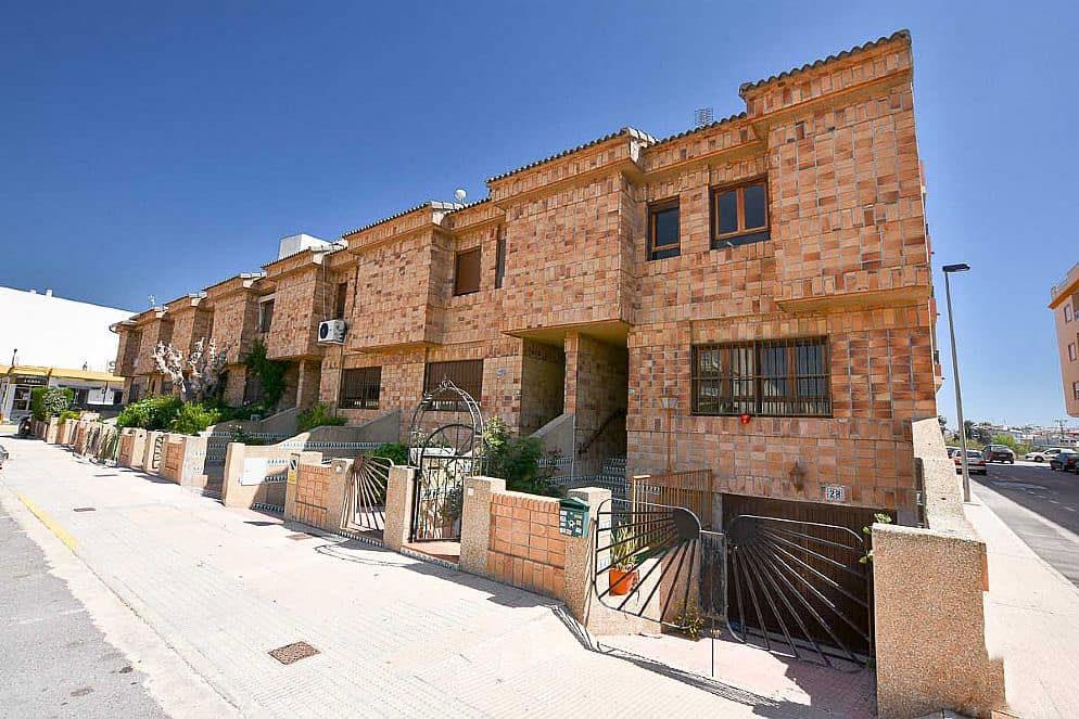 Casa en venta en Los Palacios, Formentera del Segura, Alicante, Avenida de Palacios, 117.264 €, 3 habitaciones, 2 baños, 99 m2