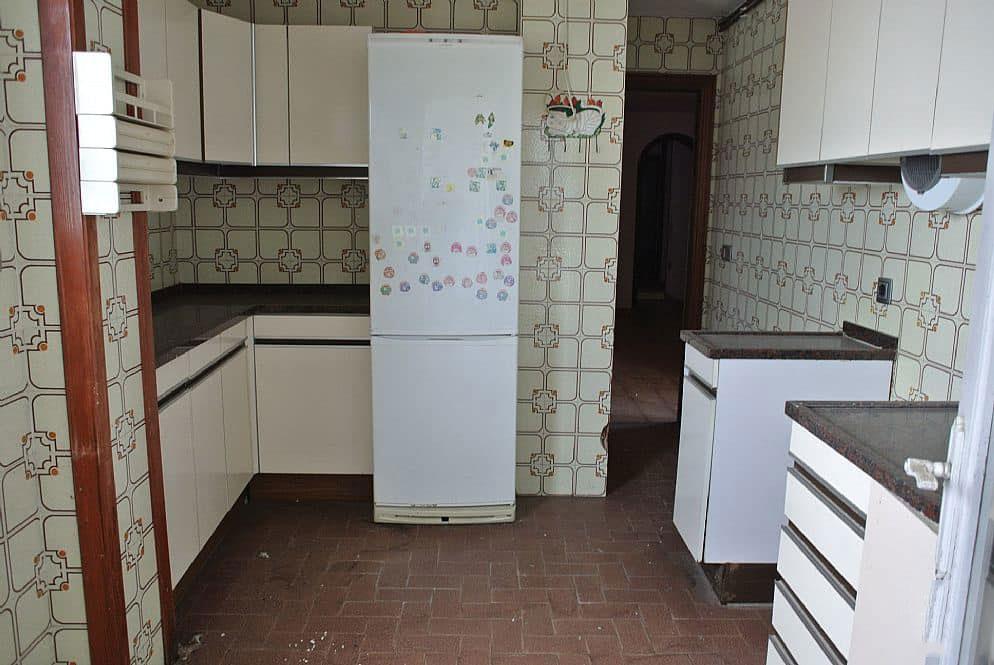 Piso en venta en Piso en Figueres, Girona, 76.000 €, 5 habitaciones, 1 baño, 142 m2