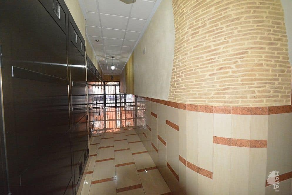Piso en venta en Almoradí, Alicante, Avenida Estadio Sadrian, 99.473 €, 3 habitaciones, 6 baños, 91 m2