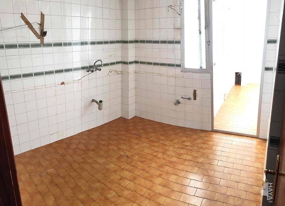 Piso en venta en Los Molinos, Almería, Almería, Calle Malvarrosa, 106.000 €, 4 habitaciones, 1 baño, 138 m2