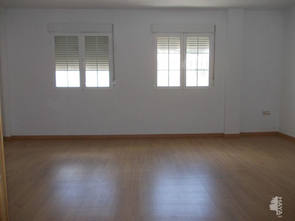 Piso en venta en Mancha Real, Jaén, Calle Cantabria, 55.411 €, 2 habitaciones, 6 baños, 99 m2